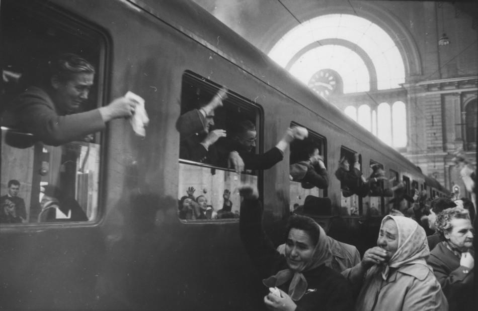 Budapest Rail Station, 1964