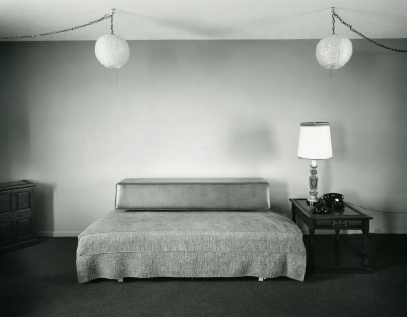 Motel, 1974