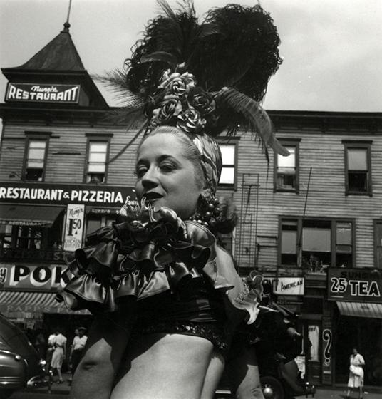 Tanya, 1943