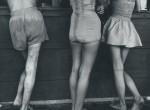 Thumbnail image: Yasuhiro Ishimoto<br>North Avenue Beach, 1952-1953