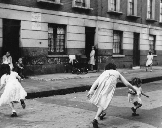 Roger Mayne<br>Paddington, 1955