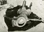 Thumbnail image: Yasuhiro Ishimoto<br>Chicago, 1952-53